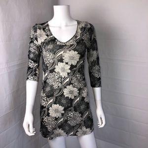 CAbi Black White Floral Knit Mesh Top Tunic Large